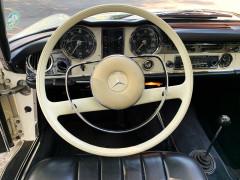 Mercedes Benz 230 SL  W 113 Pagode 100 km nach Motorrevision
