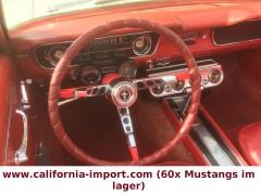 Ford  ( Eine der erster Mustangs 17 April 1964 )